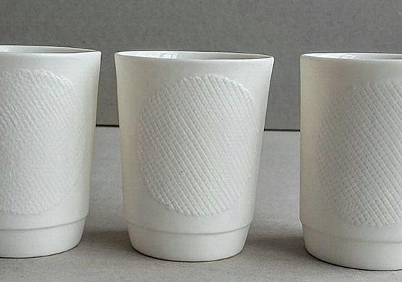 3 Becher Raster groß Atelier für Porzellangestaltung